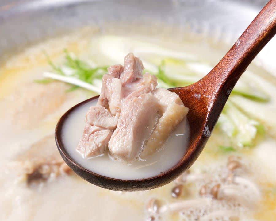 とりいちず 立川南口店で味わえるコラーゲンたっぷり鍋